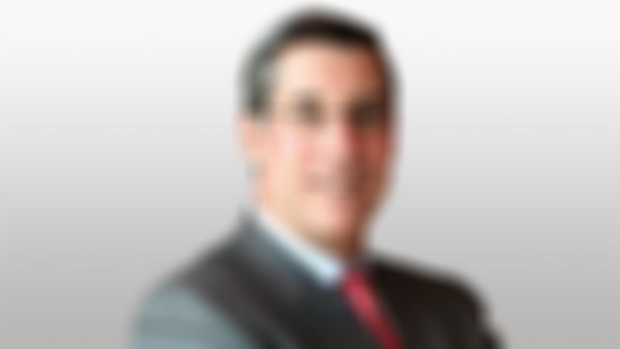 Paul R Garcia